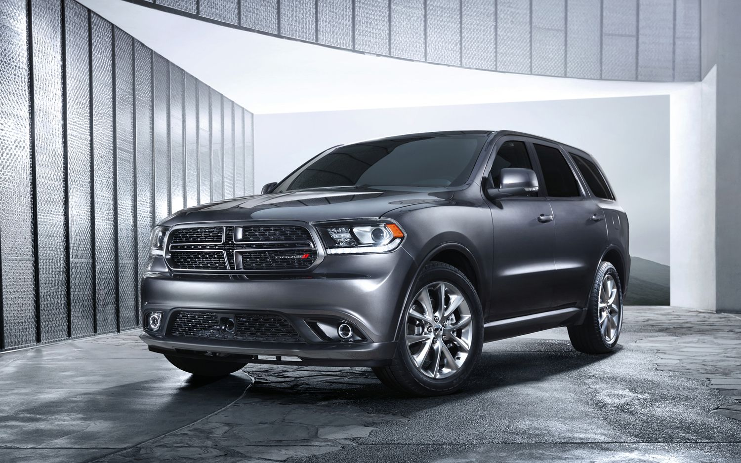 The hemi powered 2014 dodge durango is a spacious suv with the power of a performance car forging a people carrier for people who love to drive