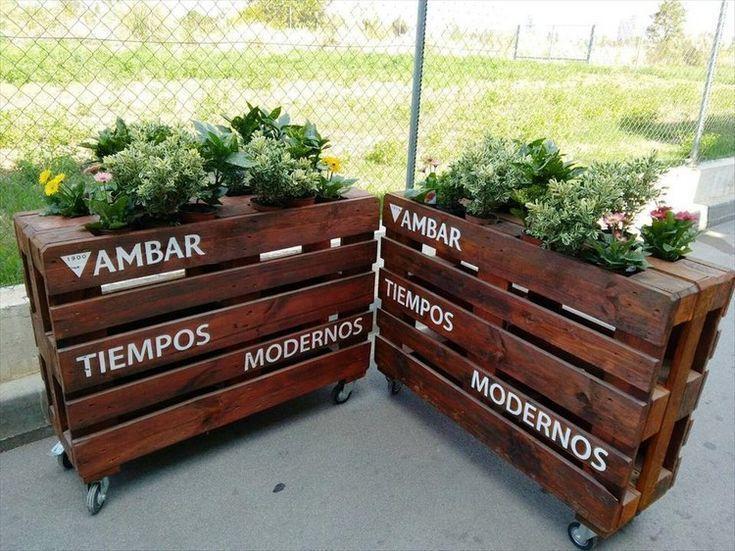 Recycelte Paletten-Pflanzer-Ideen #recyceltepaletten Recycelte Paletten-Pflanzer-Ideen #recyceltepaletten