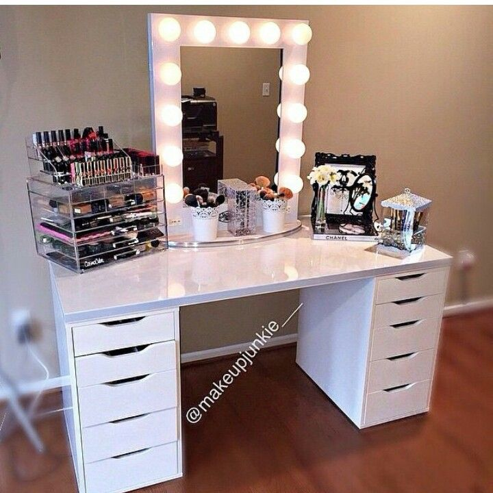 Pin By Darice Bright On My Vanity Room Vanity Set Up