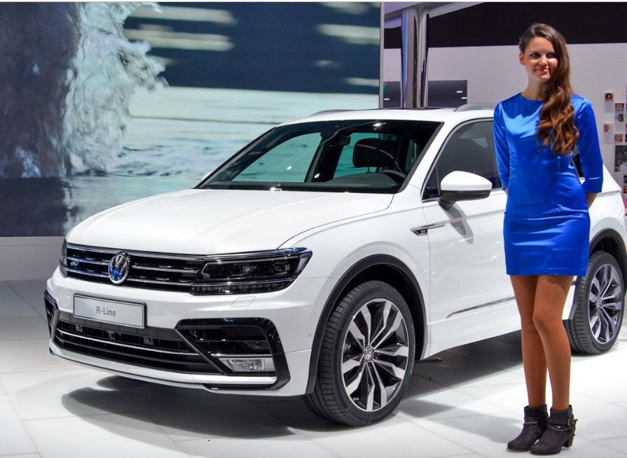 The 2019 Vw Tiguan R Line Will Available In Early 2019 But The Next Tiguan R Line Will Not Out With Big Modification Because The Current Vw Tiguan Is Still Lo