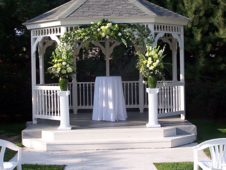 Wedding gazebos wedding gazebo with flowers weddingcatering wedding gazebos wedding gazebo with flowers junglespirit Image collections