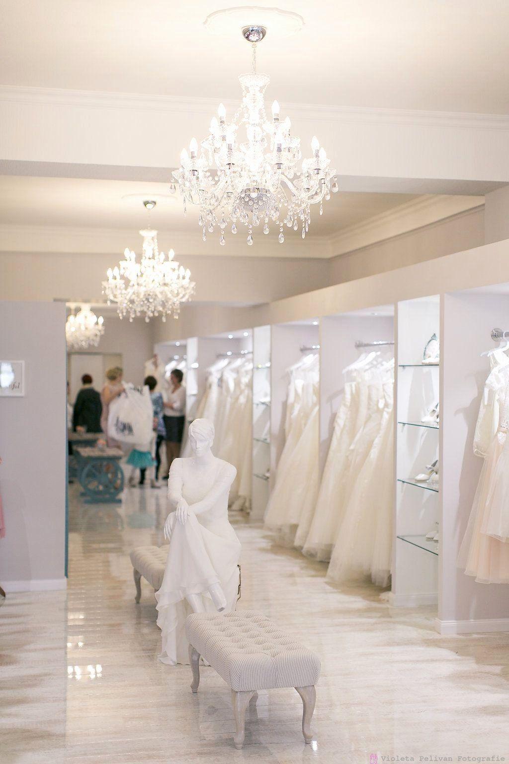 Wedding Retail Stores Unique Bridal Boutique Brautblute Germany Krefeld In 2020 Bridal Boutique Interior Bridal Shop Decor Bridal Shop Interior