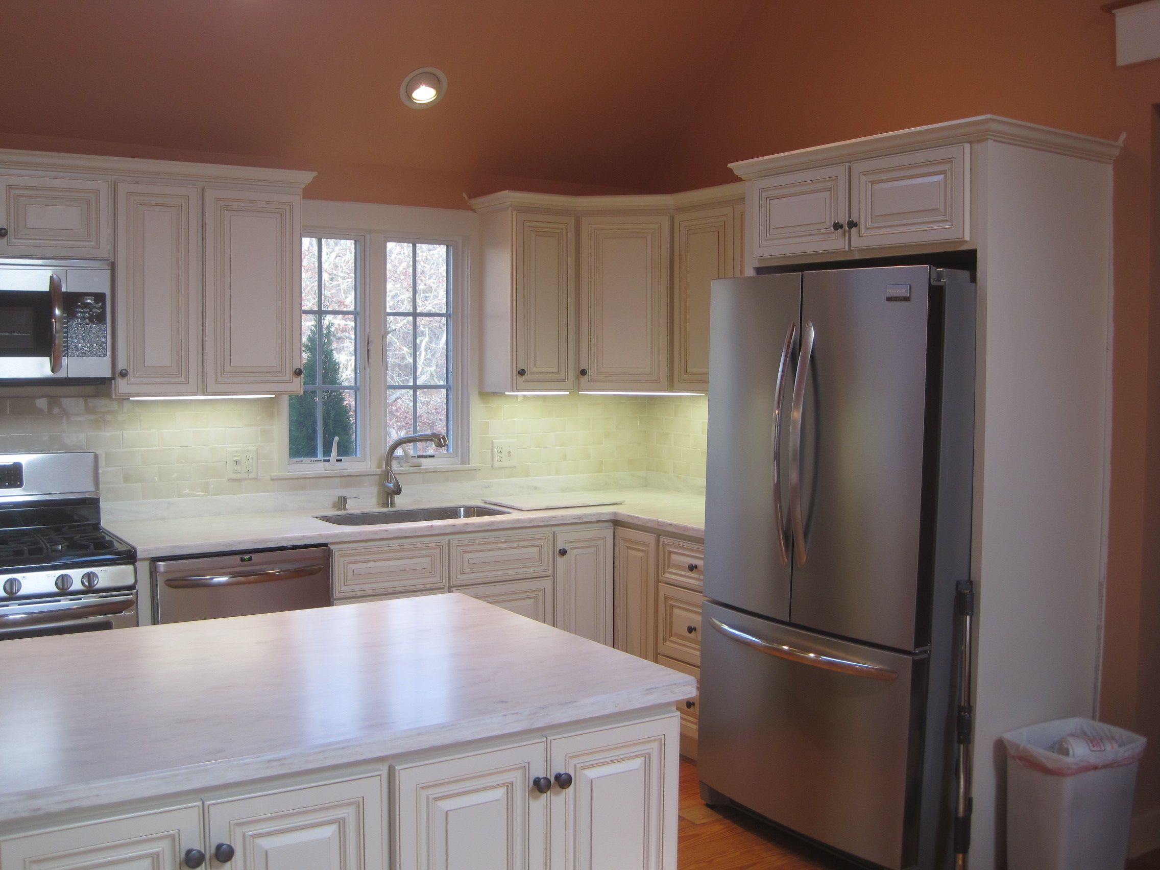 White Wheaton Kitchen | Smart kitchen, Kitchen, Kitchen ...