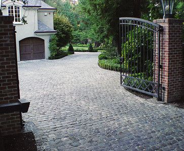 Cobblestone Driveway Design Ideas Pictures Remodel And Decor Traditional Landscape Driveway Design Cobblestone Driveway