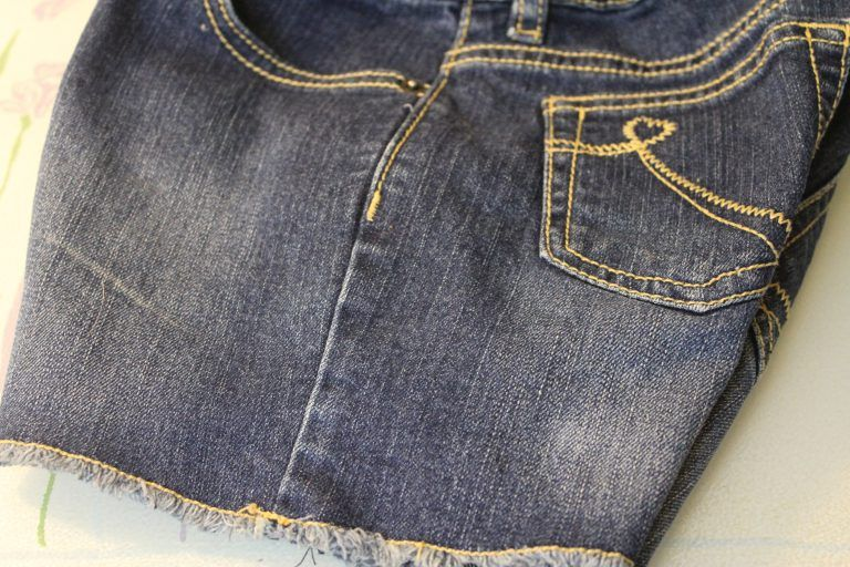 How To Get Rid Of Paint Stains On Jeans