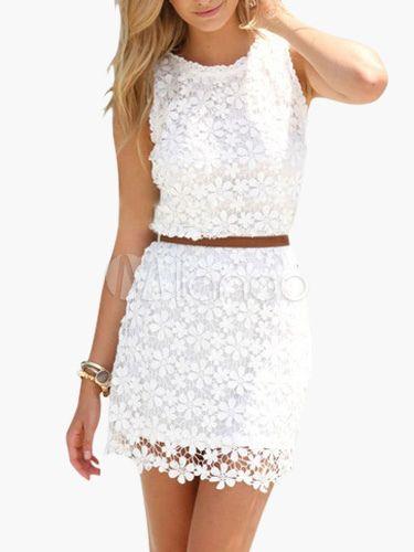 15c40bea0 Vestido corto de encaje blanco sin mangas estilo de dos piezas falso ...