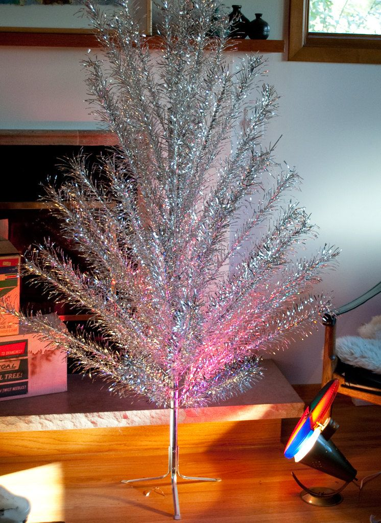 Vintage Aluminum Silver Christmas Tree And Color Wheel Back In The