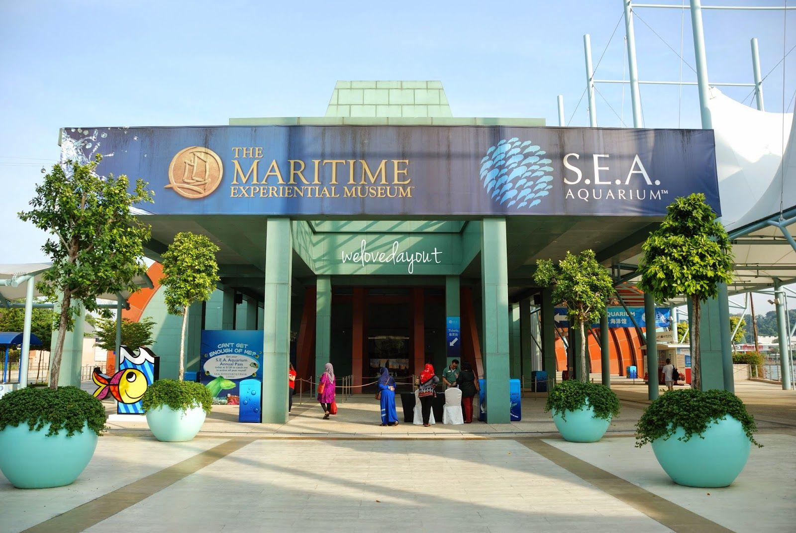 Entrance To S E A Aquarium Singapore Sea Aquarium Aquarium Family Day