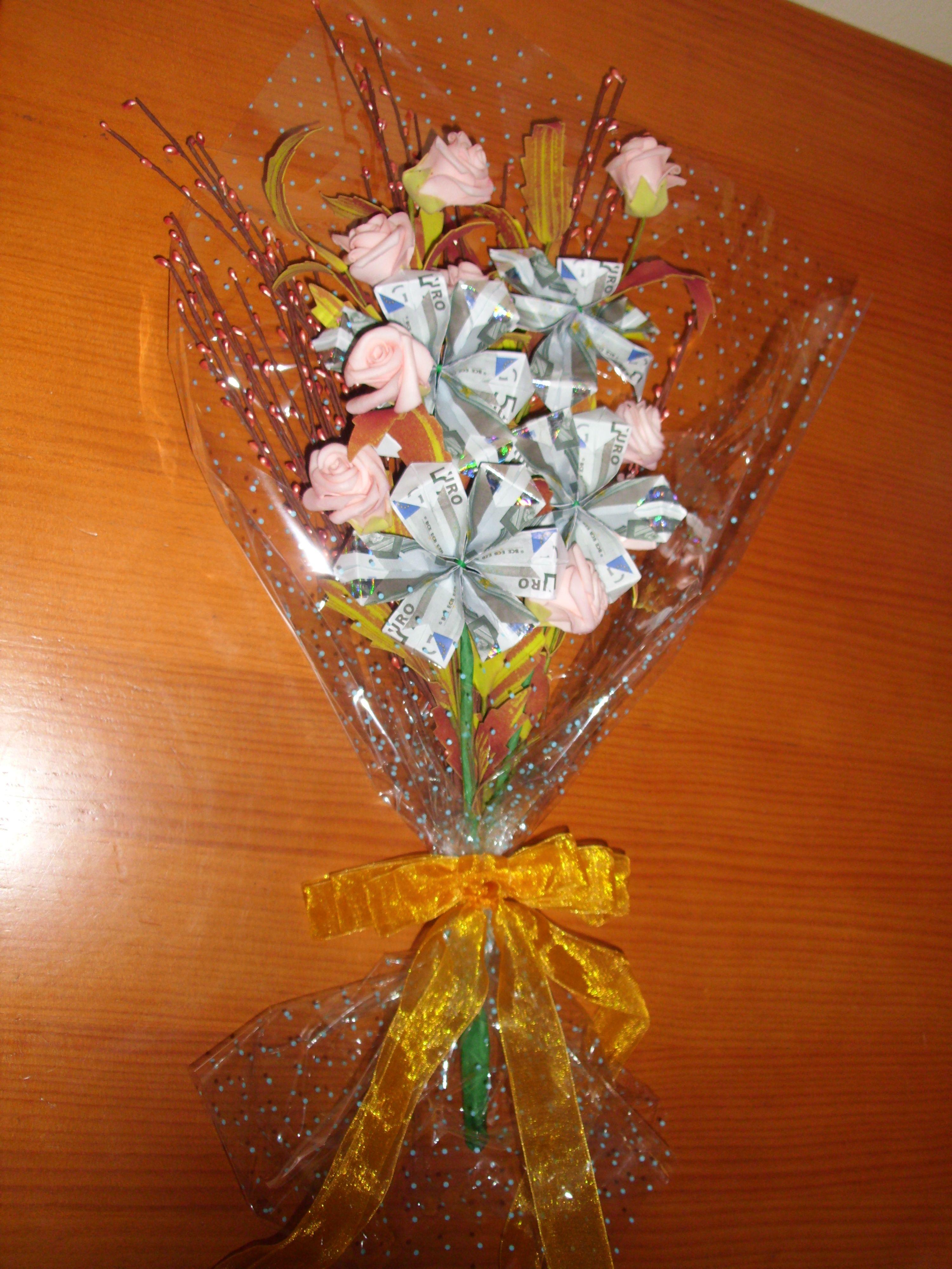 Ramos De Flores Con Billetes Flores Manualidades