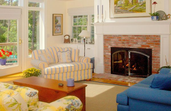 Cape Cod Style Interior On Pinterest Cape Cod Decorating