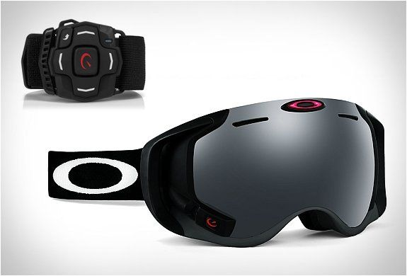 Fancy - Oakley Airwave (Ski googles with integrated GPS, Bluetooth, Music, Speedometer and more)