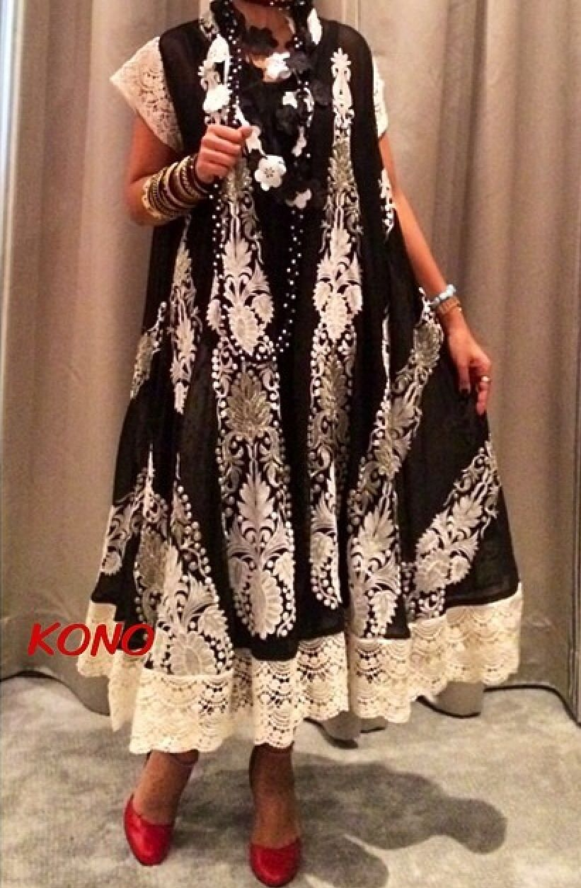 Kuwaiti designer kono she design a beautiful Traditional clothes love her style With her unusual taste  she have account in inestegrm  (konokayaty)
