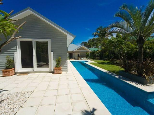 Sweet Beach House in Avalon's Best Street