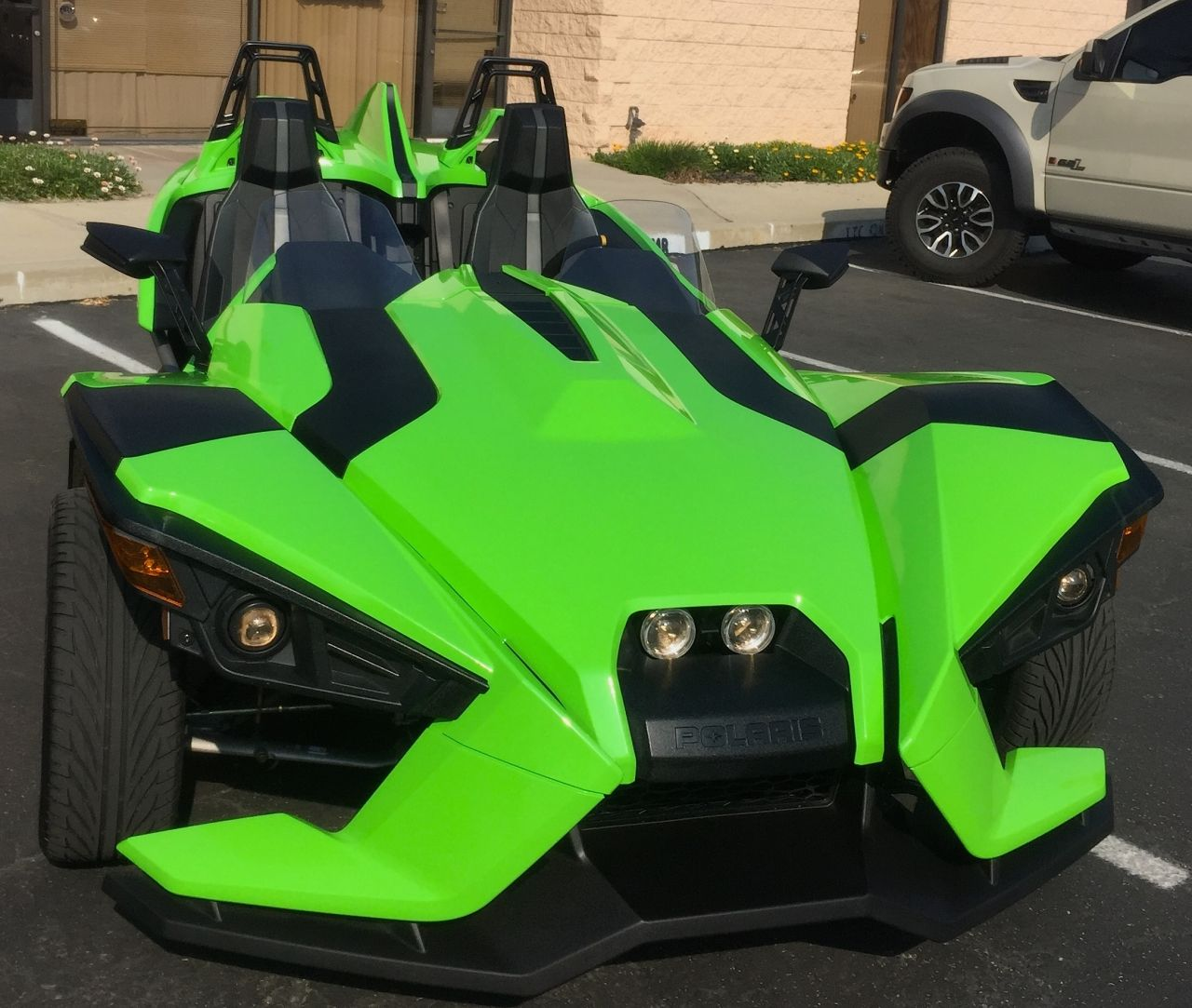 ITS GREEN! This Is My Favorite Polaris Slingshot Wrap That