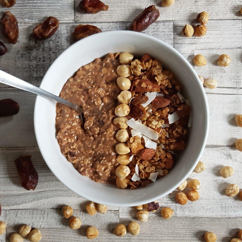 No-Yogurt Date & Cacao Overnight Oats (Gluten-Free, Vegan, No Added Sugar)