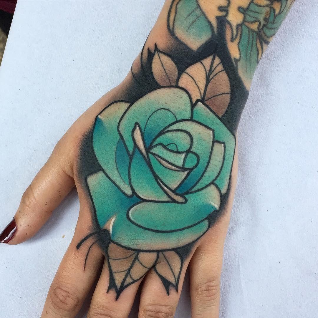 Parche De Hoy Gracias Hecho En Blackship Bcn Con Material De Eternalink Barber Dts Meaculpairons Traditional Rose Tattoos Rose Hand Tattoo Hand Tattoos