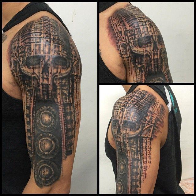 giger tattoo hrgiger biomech on Instagram | H.R. Giger ... H.r. Giger Tattoo