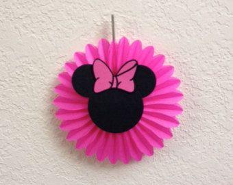 Minnie Mouse cumpleaños decoración centro de por TheGirlNXTdoor