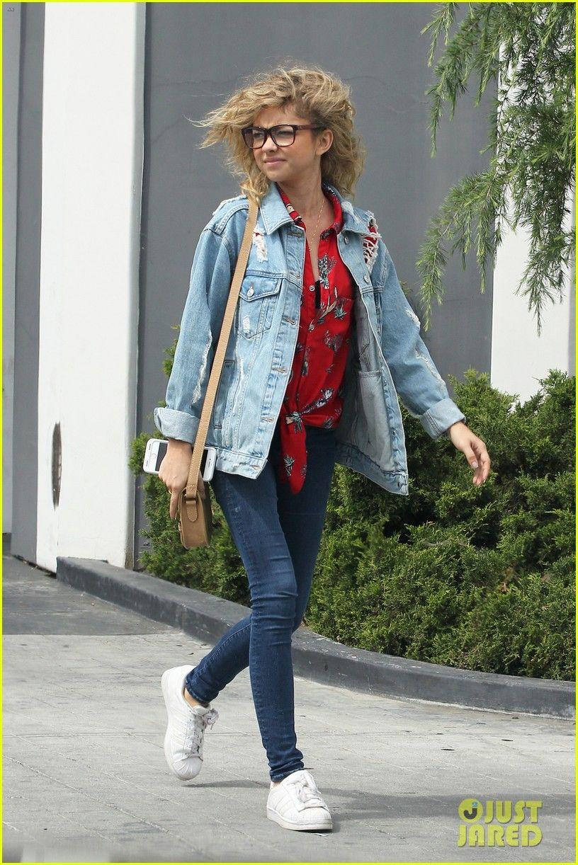 Sarah Hyland Curly Hair Eye Doctor 01 Sarah Hyland Fashion Curly Hair Styles