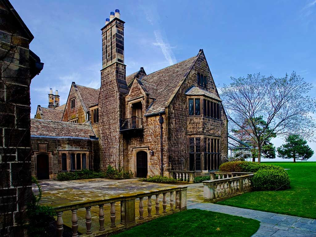 Edsel And Eleanor Ford House Grosse Pointe Shores Mi America S Most Luxurious Mansion Hotels Travelchannel Com Mansions American Mansions Historic Homes