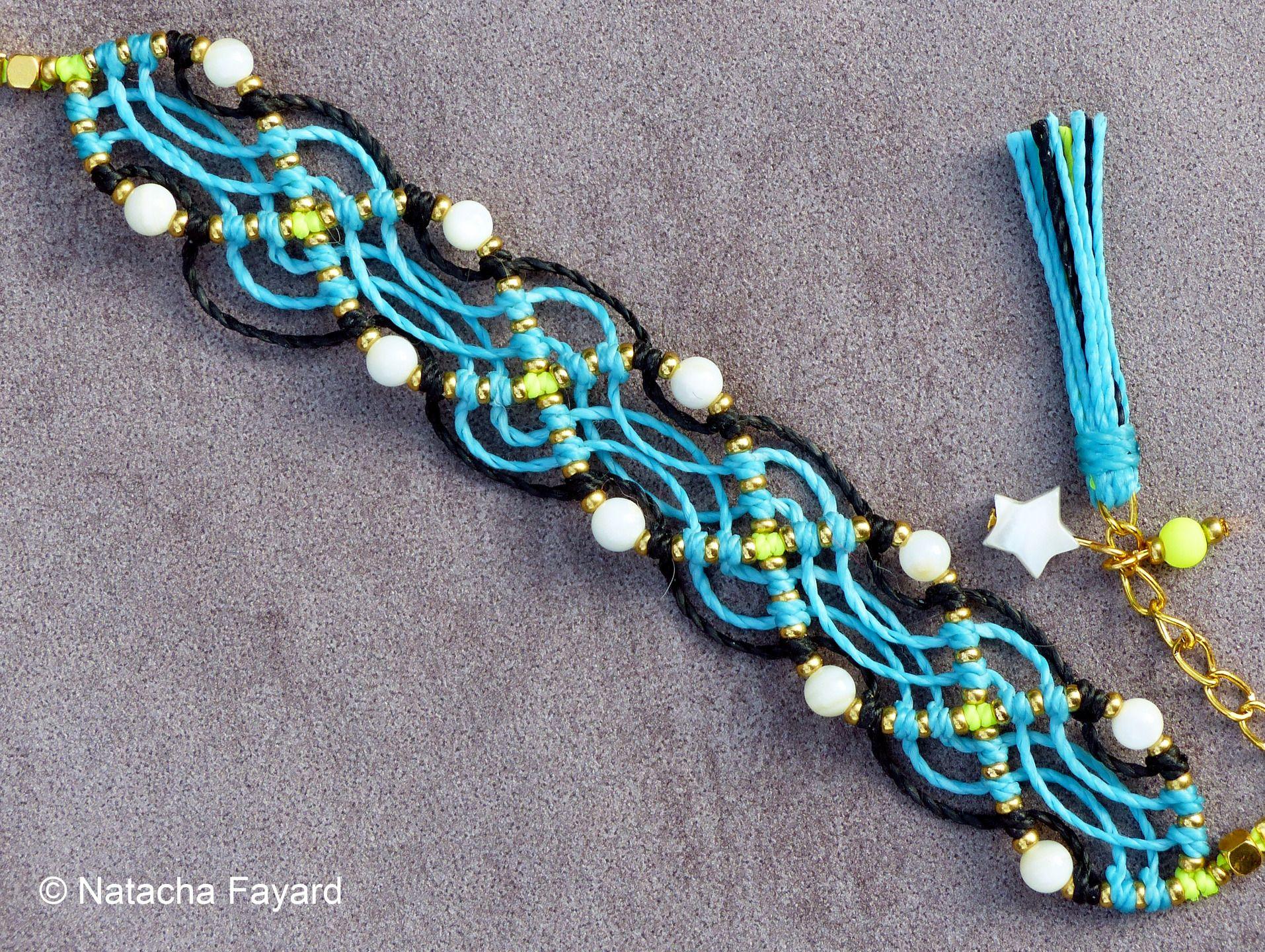 Micro macramé plaqué or Bohème chic friendship fluo : Bracelet par natacha-fayard