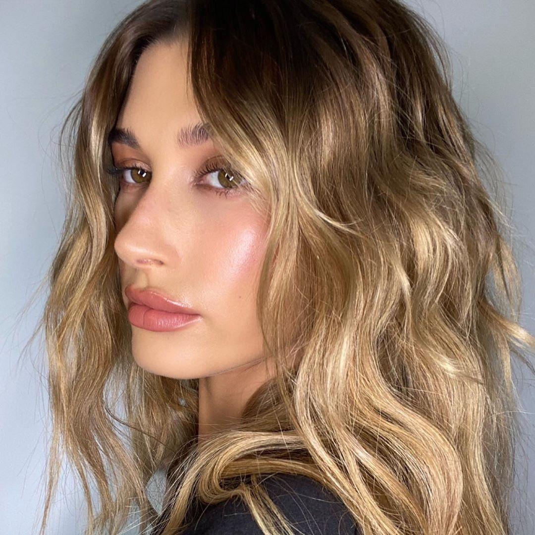 Hailey Baldwin Brown Hair