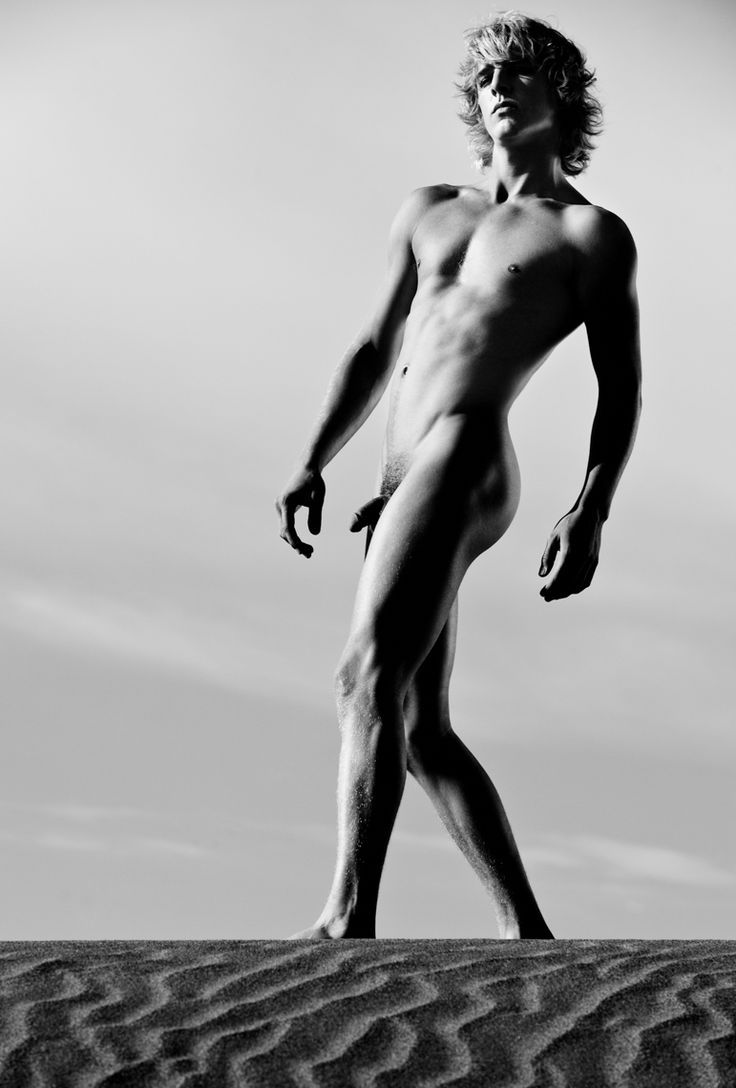 Naked bodies in Greg Gorman pictures