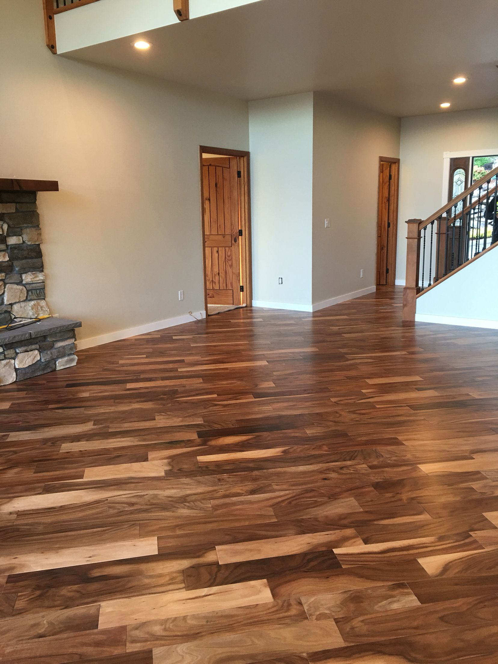 Hand scraped Acacia Home Depot engineered flooring in