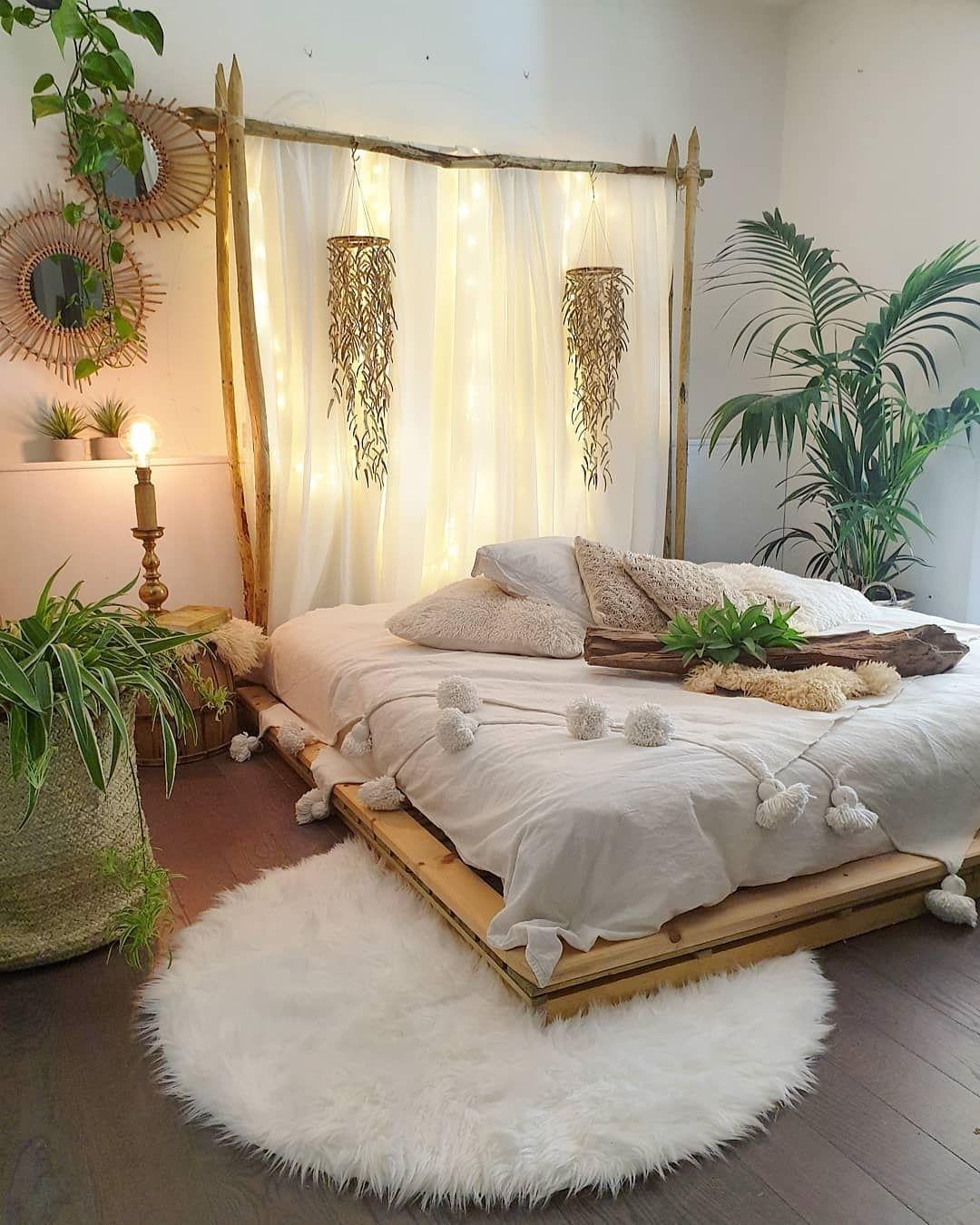 Circle furry rug on bed corner