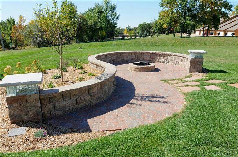 Fire Pit Landscape Combined Diy Backyard Landscaping Backyard Landscaping Backyard Garden Design