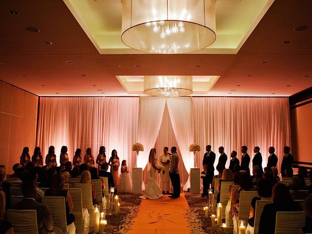 A glamorous wedding in winnipeg manitoba fairmont hotel a glamorous wedding in winnipeg manitoba junglespirit Image collections