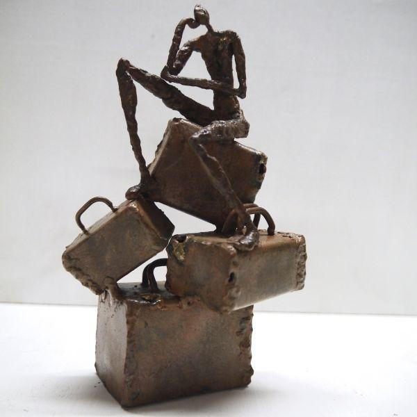 """Sculptures humaines métal  Série """"Brèves de vie"""", pièce unique acier """"D'où viens-je, où vais-je ?"""" #juliettelanos #art #sculpture"""
