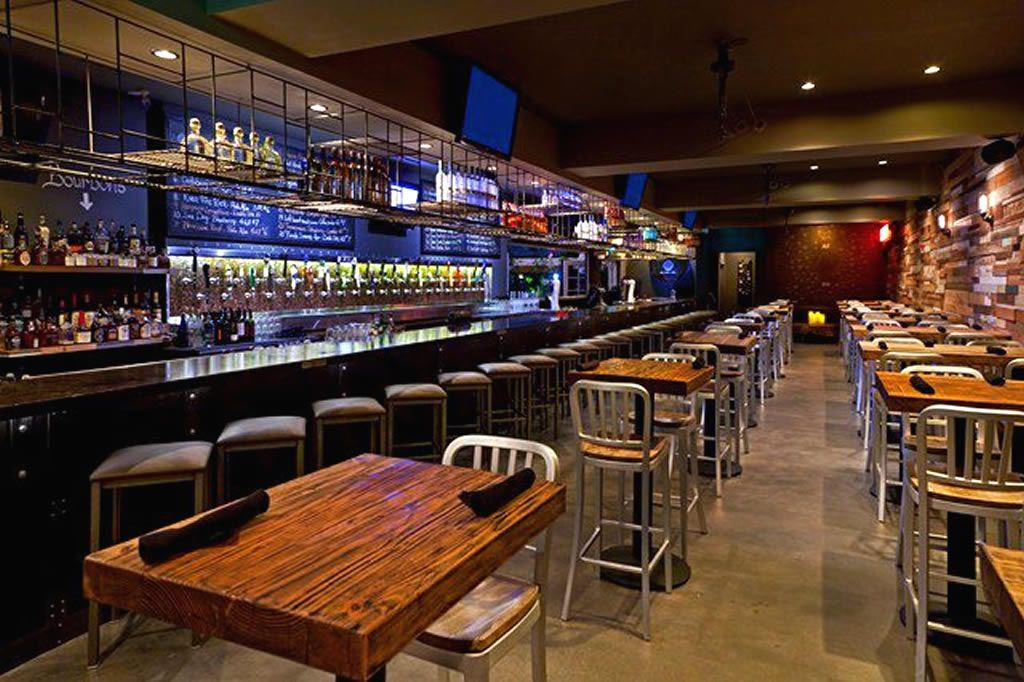 Manchester based decor solutions are commercial interior designers providing hotel restaurant - Interior design of bar ...