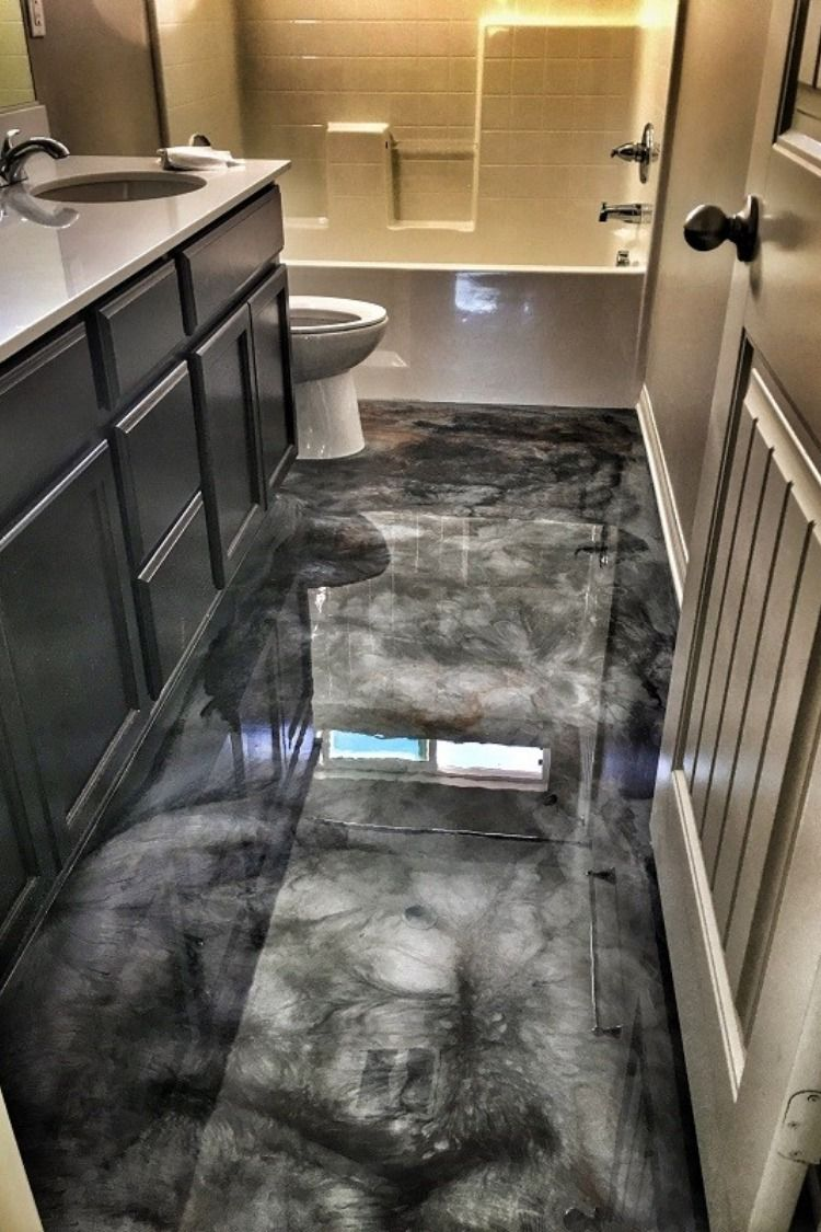 A Unique Garage Flooring Design To Play With The Design Of The
