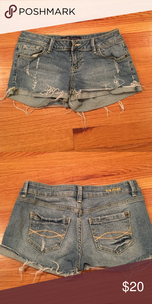 2cffe5eb3e9ec ZCO jeans premium shorts Light wash. Frayed. 99% cotton. 1% spandex. Size 5 ZCO  Shorts Jean Shorts