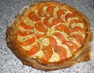 Tarte fine à la courgette et à la tomate