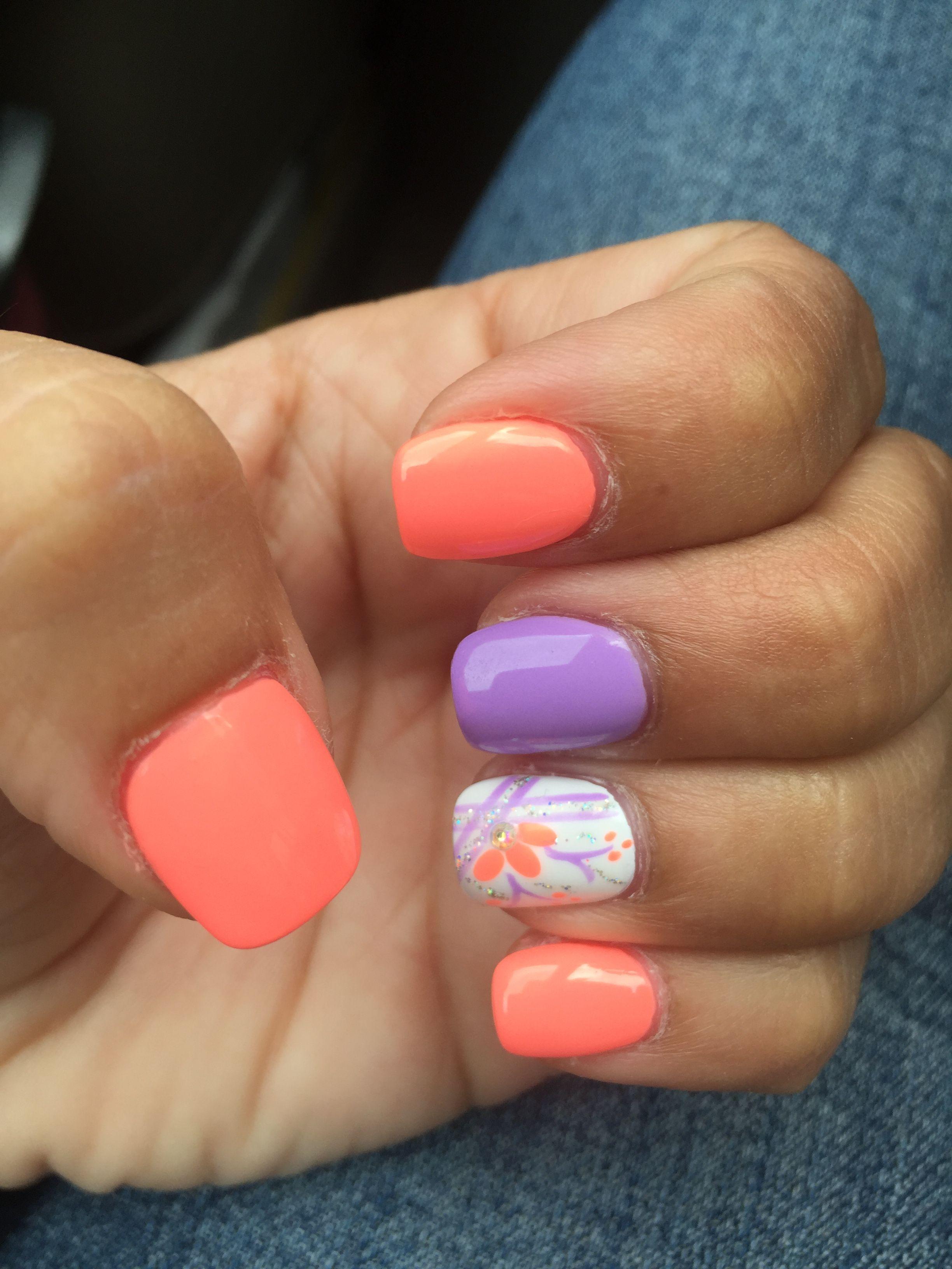 Peach Purple Lilac White Flower Nail Design Matching Nails