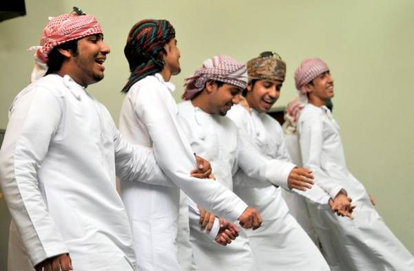Smart People In Oman Travel And Tourism Day Tours Oman