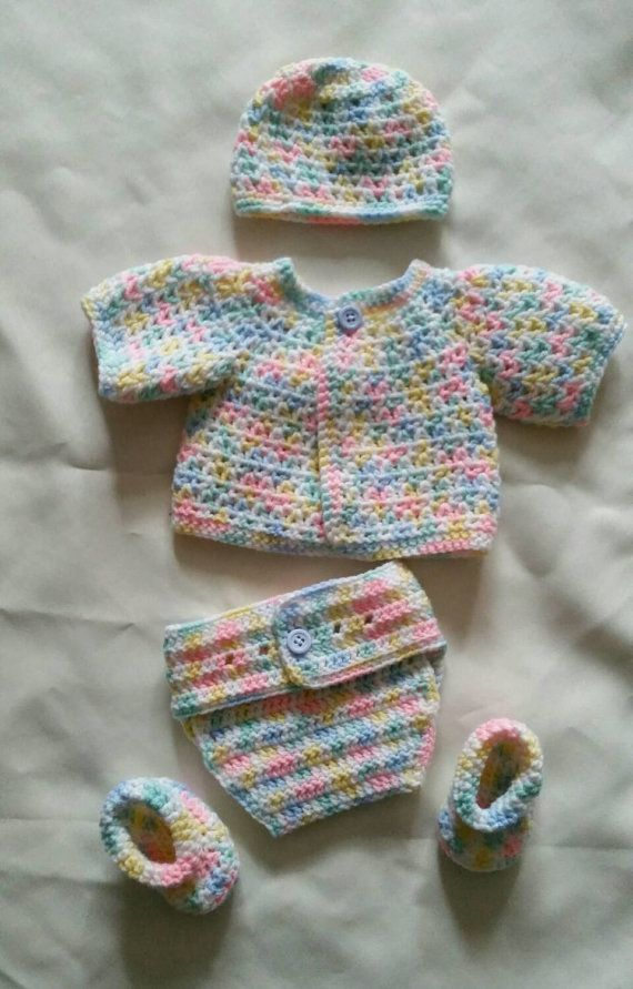 Crochet newborn set $25.00