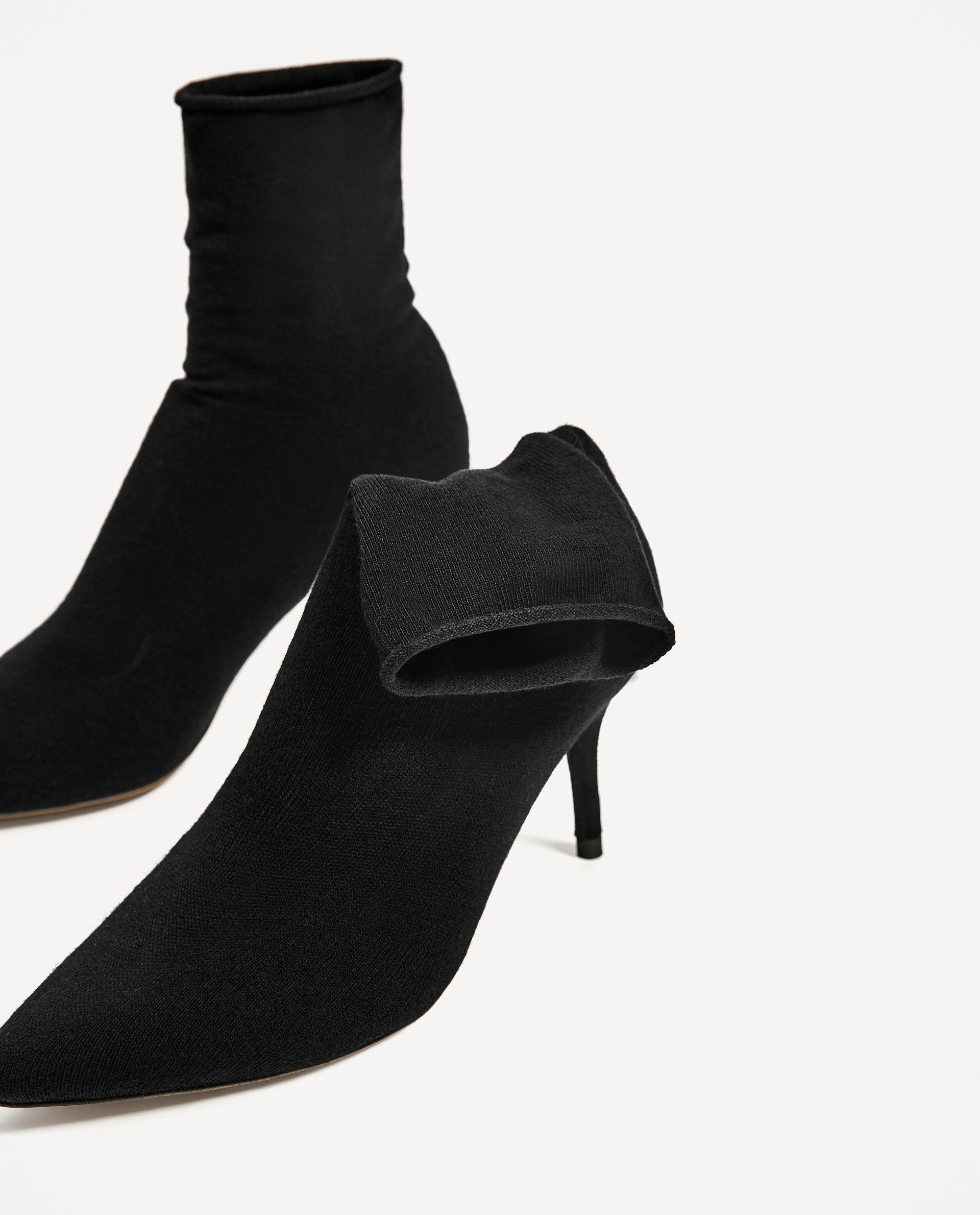 https://www.zara.com/es/es/mujer/zapatos/modern-romance/bot%C3%ADn-tac%C3%B3n-calcet%C3%ADn-c358013p4521592.html