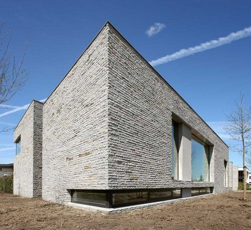 Brick stones wall cladding exterior house performance for Brick and stone house facades