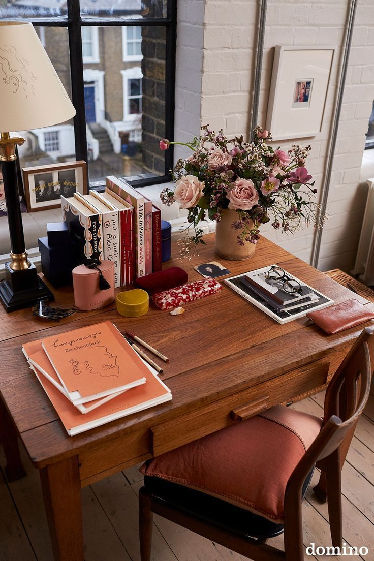Photo of #Alexa #table decor ideas, Ar first look: Alexa Chung In London office.