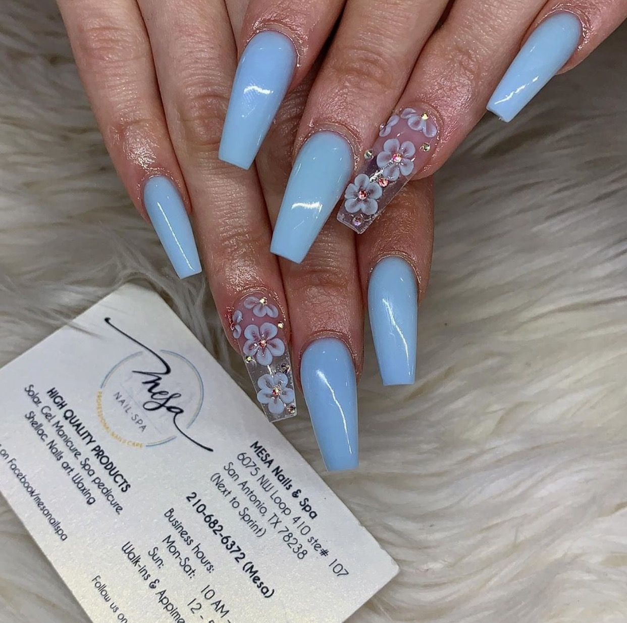 Pin By Brisza Herrera On Nails Quinceanera Nails Blue Acrylic Nails Baby Blue Acrylic Nails
