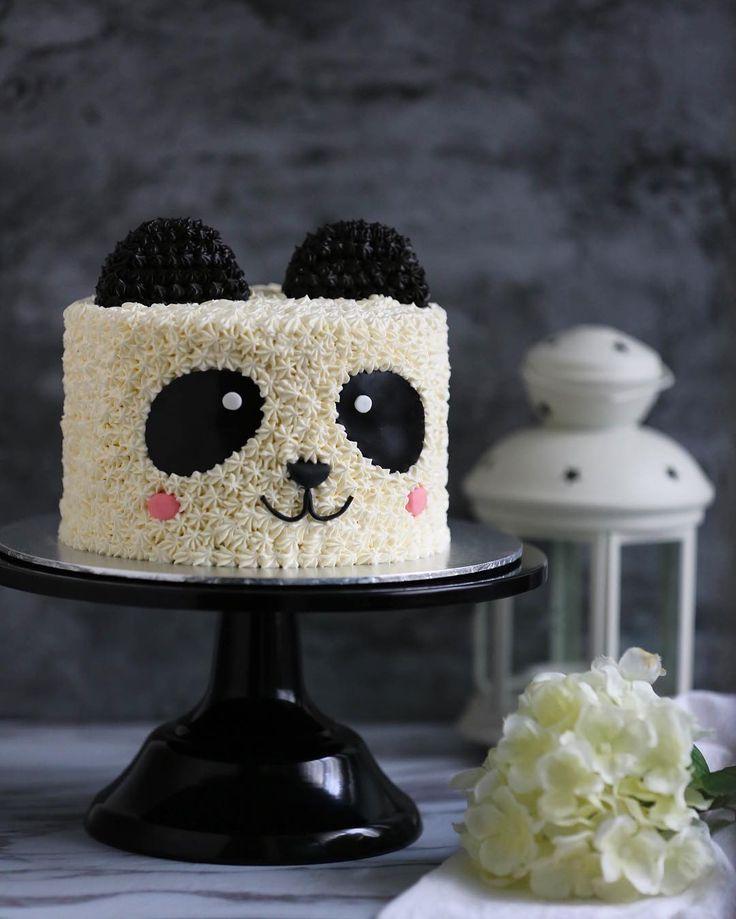 "Edibles Bake Shop • Serene T. on Instagram: ""����� . . . . . . . . #vscocam #ediblesbakeshop #buttercream #foodwinewomen #cakeporn #cakestagram #dessert #delicious #dessertporn #sgeats…"""