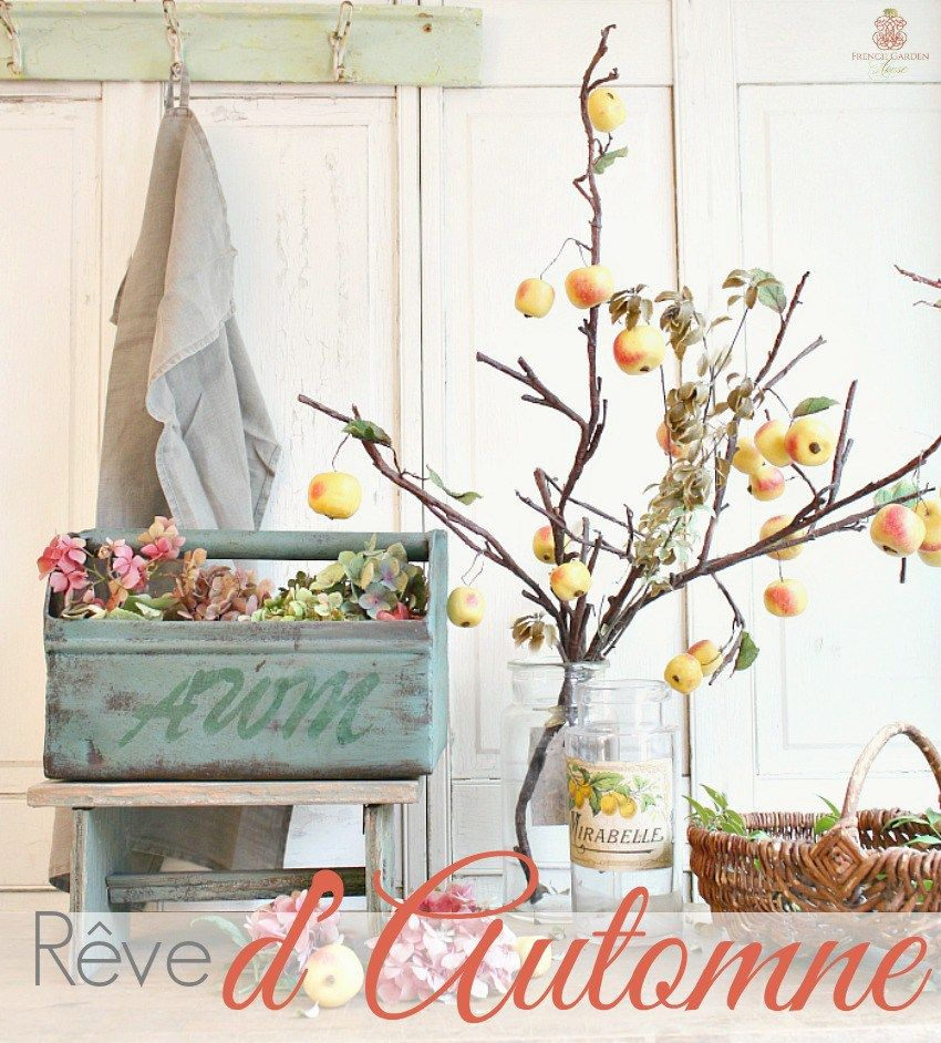 Rêve d'Automne French antiques, Autumn table, Small