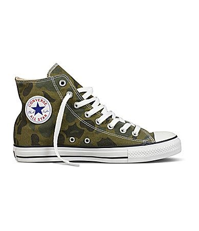 a6baa6d443fa Converse Men´s Chuck Taylor All-Star Camo High-Top Sneakers