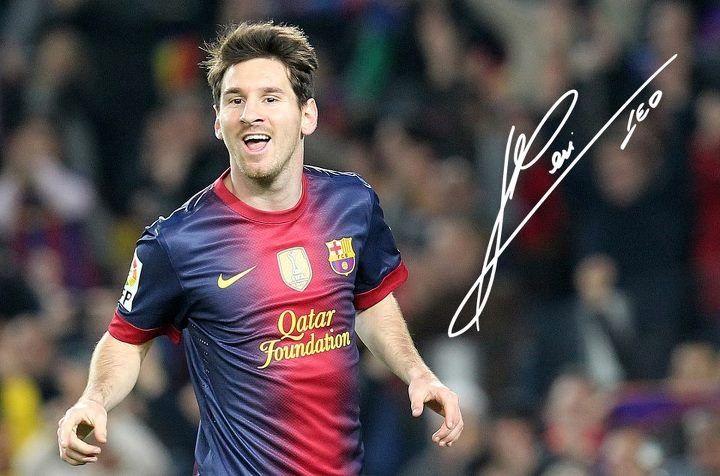 b6b299ba28e Leo Messi autograph