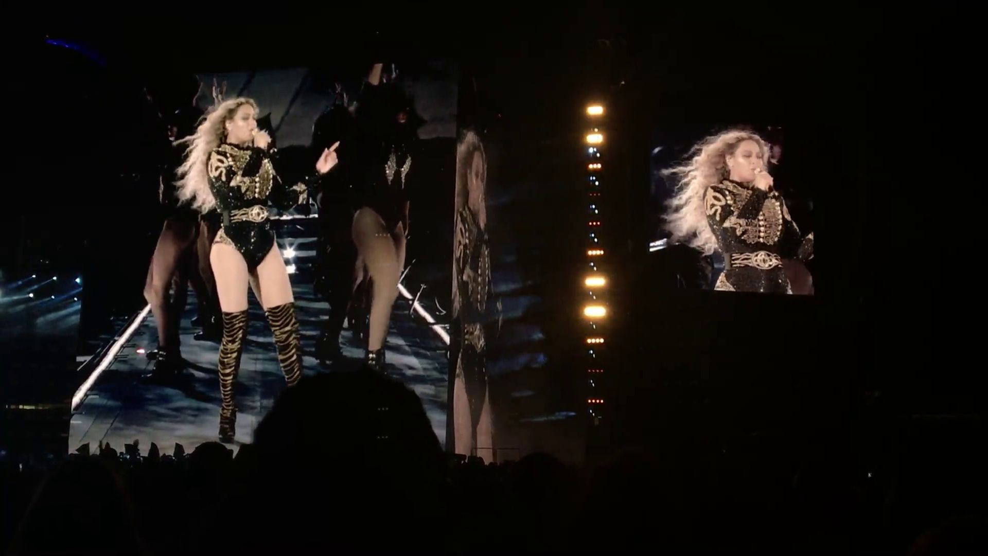 Beyoncé Formation World Tour Soldier Field Chicago Illinois 28.05.2016 ( video )