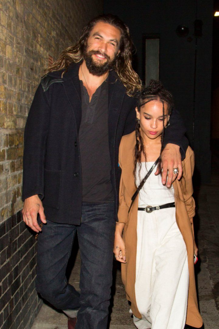 Jason Momoa Bonds With His Stepdaughter Zoe Kravitz While Out In London Zoe Kravitz Style Zoe Kravitz Jason Momoa Lisa Bonet