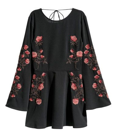 Embroidered Dress | Black/roses | WOMEN | H&M US | Girl Clothes i ...